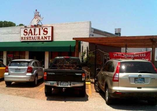 Sali's Italian Restaurant