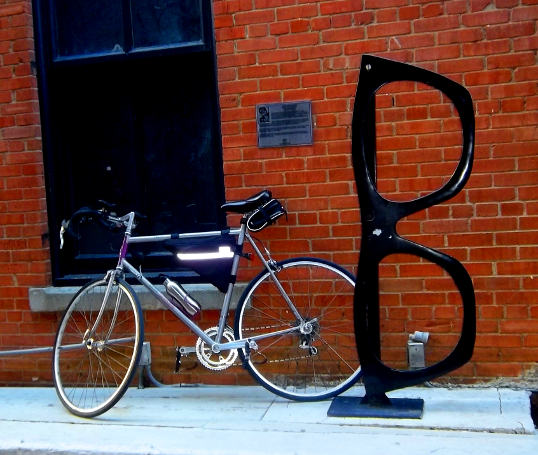 My old Raleigh Technium and the Tribute to Roy Orbison in Dallas Alley.