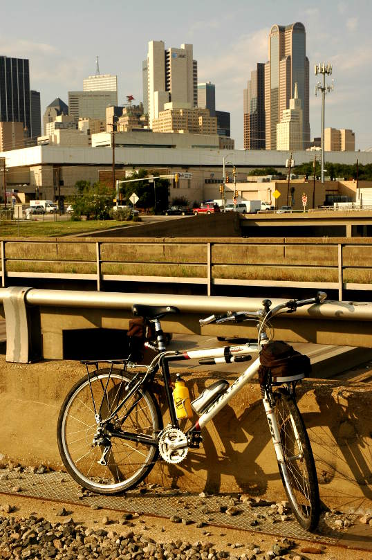 Commuter Bike with Dallas skyline in the background
