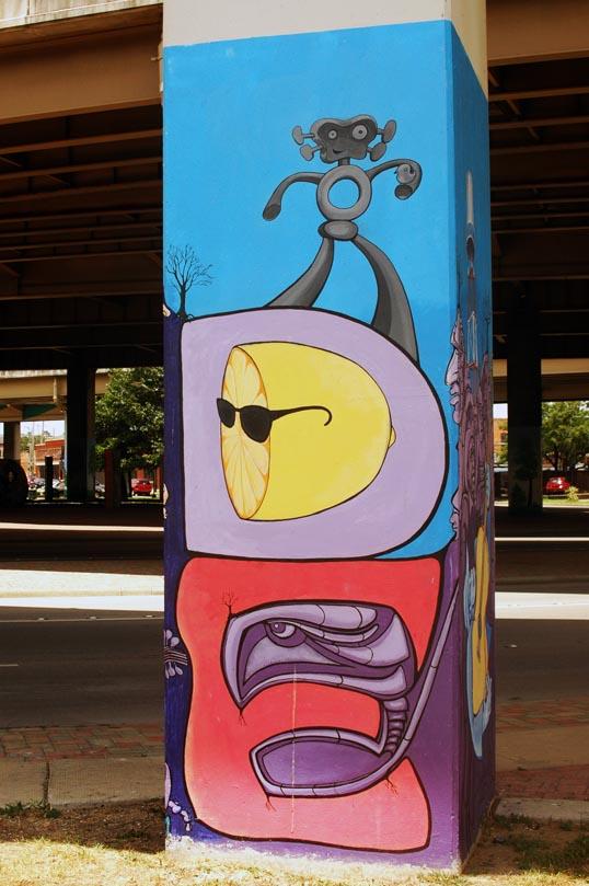 Grafitti in the Dallas Art Park, Deep Ellum, Dallas, Texas