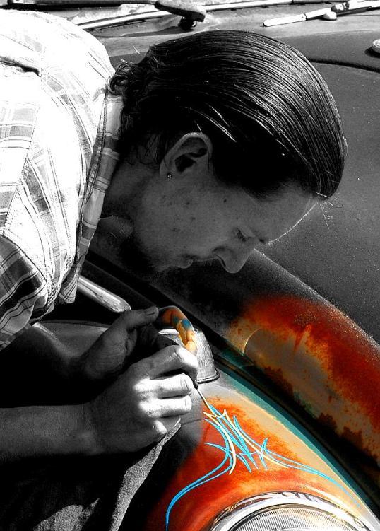 Pinstriper at work, Deep Ellum, Dallas, Texas (click to enlarge)