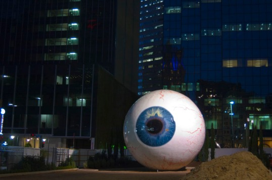 Giant Eye Sculpture, Main Street, Dallas, Texas (click to enlarge)