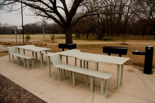 Picnic Tables and Grills, Snøhetta Pavillion, Dallas, Texas (click to enlarge)