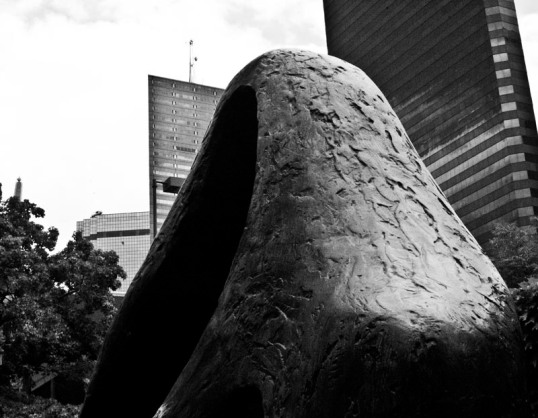 Figure for Landscape Barbara Hepworth (click to enlarge)