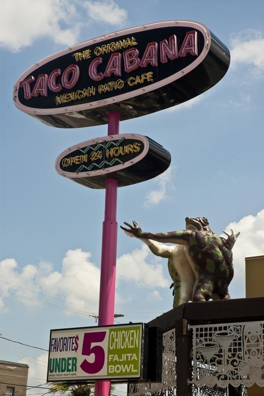 Dancing Frogs and a 5 Dollar Chicken Fajita Bowl.