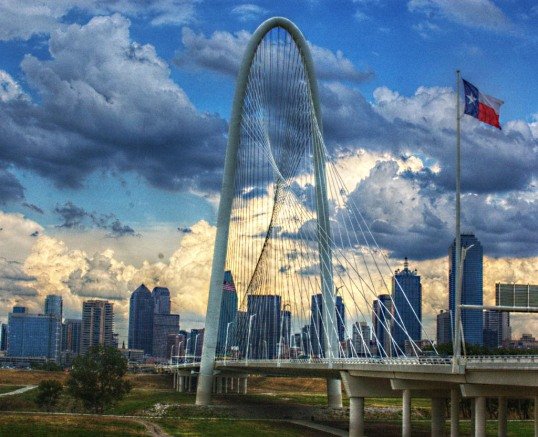 Downtown Dallas and the Margaret Hunt Hill Bridge from the Continental Bridge Park (click to enlarge)