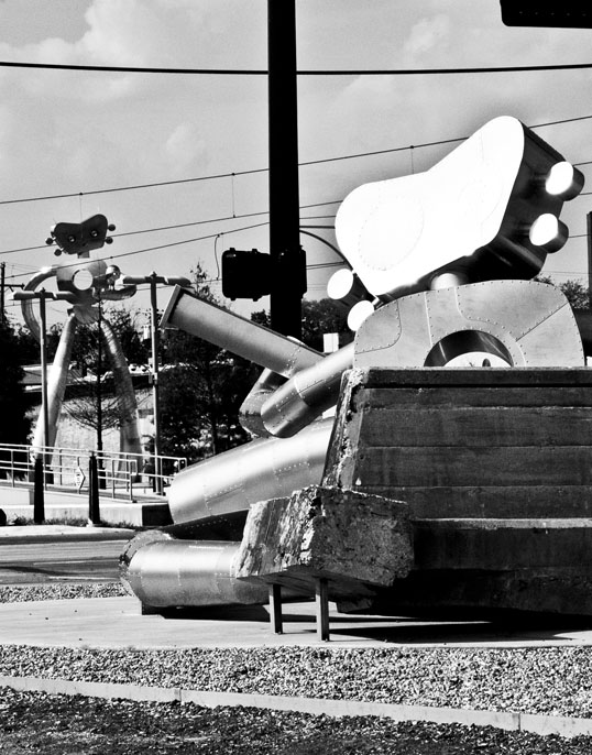 The Travelling Man (two versions) Deep Ellum, Dallas, Texas