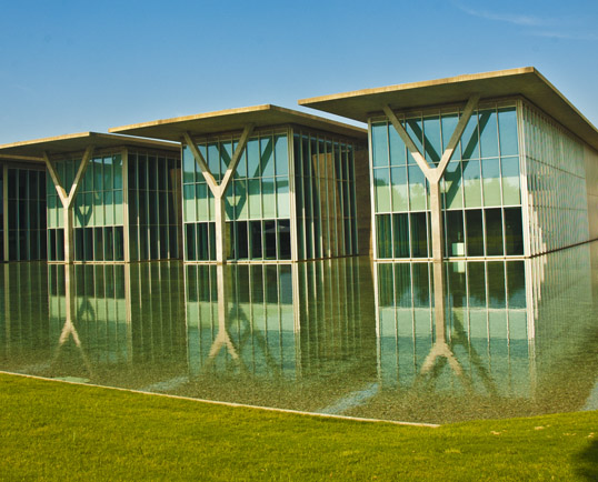 Modern Art Museum of Fort Worth, Tadao Ando, Architect