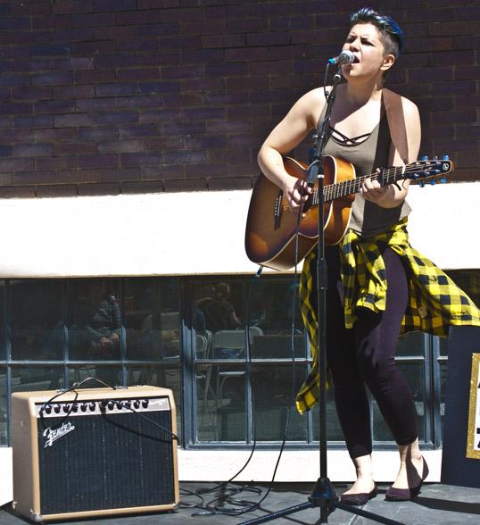 Alexandra Tayara and her Fender amp